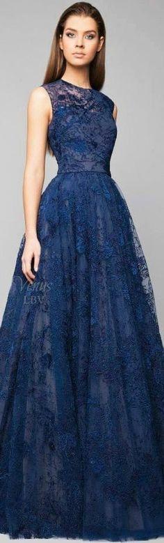 Umwerfend! Dunkelblaues Abendkleid (Farbpassnummer 11) Kerstin Tomancok / Farb-, Typ-, Stil & Imageberatung