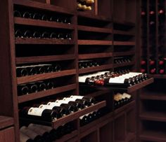 Pull-out drawers are particularly great in wine cellars. They allow you to safely store your wine bottles where they can be seen and where they are easily accessible, without wasting much space. You can have them stacked one on top of the other.
