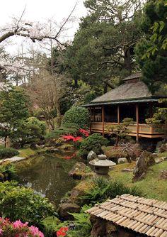 Jardim de chá japonês em São Francisco, estado da Califórnia, USA.
