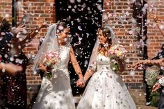 Lesbian Pride, Lesbian Wedding, Lesbian Love, Wedding Bride, Wedding Day, Wedding Dresses, Happy Women, Happy Girls, Couple Photography