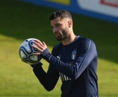 Antonio Candreva of Italy in action during a training session at Italy club's training ground at Coverciano on October 2, 2017 in Florence, Italy.