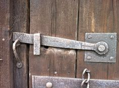 Any information on how I go about buying 2 of these stable latches ppease Door Latch, Door Hinges, Doors, Stables, Blacksmithing, 19th Century, Handle, Victorian, Rock
