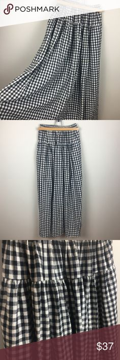Vintage Gingham Plaid Midi Skirt - Cozy Flannel! Vintage Gingham Plaid Midi Skirt. Super soft and cozy Color: black and white checks  Condition: excellent pre-owned condition. No holes or stains Size: not listed, measures around a medium Measurements: Shoulder to hem: 37in Waist: 11in, stretches to 16in  Material: Flannel Vintage Skirts Midi