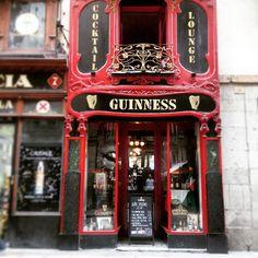 Guiness / Pub in Barcelona, Spain Barcelona Food, Barcelona Spain, Cafe Shop, Guinness, Trip Planning, Art Nouveau, Shops, City, Instagram Posts