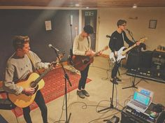 at soundcheck wow Blake Richardson, Reece Bibby, New Hope Club, The Vamps, A Good Man, Boy Bands, Fangirl, My Love, Instagram