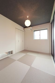 Japanese Interior, Japanese Design, Washitsu, Tatami Room, Natural Interior, Japanese Architecture, Interior Inspiration, Tile Floor, Minimalist