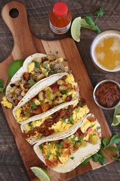 Breakfast taco bar with homemade chipotle salsa || recipe from cookingwithcocktailrings.com make this for your next boozy brunch with friends!