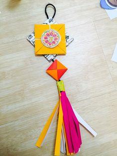우리나라 프로젝트 만들기 : 우리나라 주제 노리개 만들기. : 네이버 블로그 New Year's Crafts, 3d Paper Crafts, Crafts To Make, Arts And Crafts, Diy For Kids, Crafts For Kids, Korean Crafts, Drum Craft, Origami And Quilling