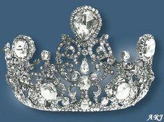 تيجان ملكية  امبراطورية فاخرة 4f715d7284760f2af2497c71bb6f4f89