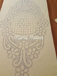 Crochet Flower Tutorial, Crochet Flowers, Machine Quilting Patterns, Quilt Patterns, Embroidery Motifs, Embroidery Designs, Cathedral Window Quilts, Point Lace, Cut Work