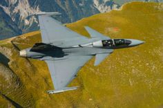 Saab Gripen F over Switzerland. Military Helicopter, Military Jets, Military Aircraft, Jas 39 Gripen, Brazilian Air Force, Swedish Air Force, South African Air Force, Airplane Fighter, Cruise Missile
