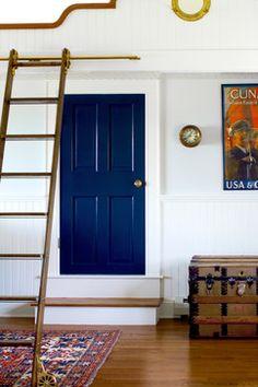 Navy blue glossy door - Hale Navy Benjamin Moore