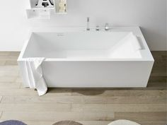 RECTANGULAR KORAKRIL™ BATHTUB UNICO COLLECTION BY REXA DESIGN | DESIGN IMAGO DESIGN