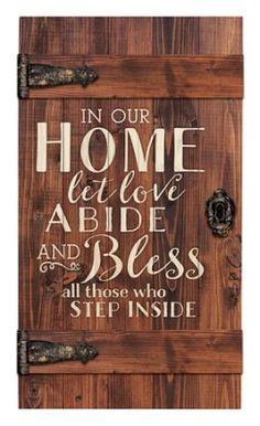 16 Ideas for pallet barn door diy quotes Old Barn Doors, Old Wooden Doors, Diy Barn Door, Wood Doors, Entry Doors, Patio Doors, Front Doors, Engraved Wood Signs, Diy Wood Signs