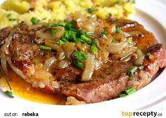 Farmářská krkovička v cibuli a pivu recept - TopRecepty.cz Czech Recipes, Ethnic Recipes, Pork Recipes, Cooking Recipes, Food 52, Main Dishes, Good Food, Food And Drink, Beef