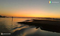 Atardecer desde la Pedreñera de Somo  Imagen en por @gemamarial60  Gracias por compartir  #atardecer #seascape #sunset #sunsetmadness #cantabriasan #cantabria #turismo #cantabriayturismo #cantabria_y_turismo #cantabriainfinita #cantabros #pedreñeras  #cantabriaverde #igerscantabria #paseucos #paseúcos #cantabriamola #igercantabria #igcantabria #fotocantabria #follow #picoftheday #instapic #fotodeldia #pasionporcantabria #latierruca Esta imagen tiene copyright
