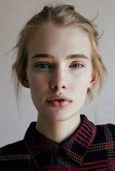 Marnie Harris at eMg Models