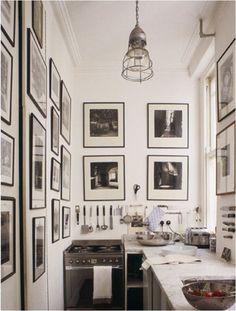 esempio di cornici per le mie stampe di Venezia..... nere ma sottili