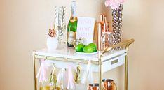 Op zoek naar een chique manier om wijn en bier te stallen tijdens de feestdagen? Met deze IKEA hack maak je een gave fancy bar cart. En dat is makkelijk!