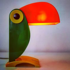 "Polubienia: 18, komentarze: 5 – modern (@modern_old2new) na Instagramie: ""Toucan lamp design in Italy #toucan #italy #italian #design #designer #vintage #modern #midcentury…"" Vintage Modern, Mid-century Modern, Modern Design, Mid Century Modern Lamps, Lamp Design, Italy, Retro, Instagram, Home Decor"