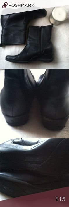 Kenneth Cole Reaction Ankle Boots Size 5.5 • excellent used condition • normal wear such as some peeling, overall excellent condition • all made material • short wedge ankle boots with zip up sides • size: 5.5 • color: black • brand: kenneth cole reaction • no trades •  • free gift with every purchase • 15% off all bundles • Kenneth Cole Reaction Shoes Ankle Boots & Booties