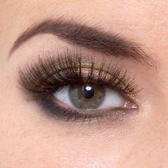 Golden Eyes Make-Up