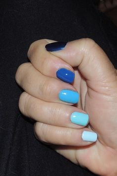 My gradation nails 2013.  Straight off the Today Show.  Rhapsody in blue.