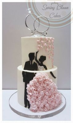 Silhouette cake with stunning wedding dress - Torten Ideen -Wedding cake. Silhouette cake with stunning wedding dress - Torten Ideen - Pretty Wedding Cakes, Wedding Cakes With Flowers, Wedding Cake Designs, Wedding Cake Toppers, Wedding Cupcakes, Wedding Cake Pink, Blush Pink Wedding Cake, Cheesecake Wedding Cake, Black And White Wedding Cake
