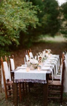 Cozy, chic and comfortable is the vibe we get from this Nashville wedding inspiration shoot captured by White Rabbit Studios. Cozy Wedding, Outdoor Wedding Reception, Woodland Wedding Inspiration, Outdoor Dinner Parties, Nashville Wedding Venues, Winter Table, Reception Design, Rustic Chic, Outdoor Dining
