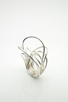 Elegant Architectural Ring - contemporary jewellery design // Orr