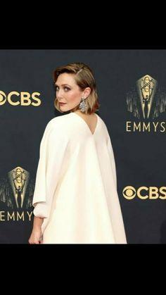 Ashley Olsen, Elizabeth Olsen, Sisters, Mary, How To Wear, Dresses, Fashion, Vestidos, Moda