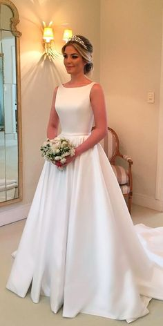 Wonderful Perfect Wedding Dress For The Bride Ideas. Ineffable Perfect Wedding Dress For The Bride Ideas. Elegant Wedding Dress, Perfect Wedding Dress, Dream Wedding Dresses, Bridal Dresses, Wedding Gowns, Wedding Simple, Chiffon Dresses, Simple Weddings, Dress Lace