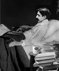 Marcel Proust wrote in bed, not at a desk, and his entire cork-lined chamber has been recreated at Paris's Musée Carnavalet Marcel Proust, Book Writer, Book Authors, Swann's Way, Les Cents, Writers And Poets, Literature Books, New Poster, Playwright