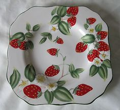 "Harry and David HDA8 Strawberry Square Salad Dessert Plate 8"" Very Shiny NWT"