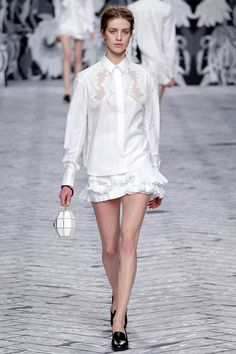 Viktor & Rolf Fall 2013 Ready-to-Wear Collection Slideshow on Style.com