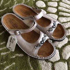 Naot Kyra Quartz sandals NWT!  Beautiful silver sandals!  High quality and comfortable!!! Naot Shoes Sandals