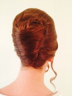 The French pleat, learn it all with Jo Black.