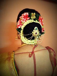 South Indian bride | bridal hairstyle hair bun