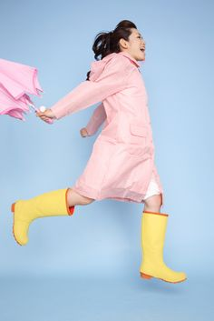 Find your favorite raincoat style in our article! Pink Raincoat, Raincoats For Women, Rain Wear, Your Favorite, Rain Boots, Lady, Fashion Trends, Dresses, Style