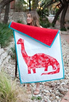 'Quilting: Playful Dinosaur Quilt'