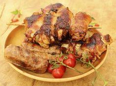 pollo envuelto en tocineta miel y mostaza