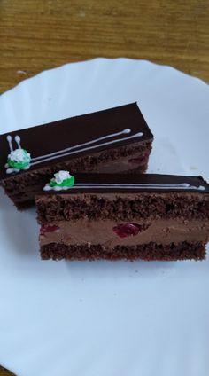Višňovo čokoládové rezy...