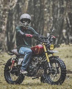 Look at many of my most desired builds - unique scrambler ideas like Honda Scrambler, Motos Yamaha, Yamaha Bikes, Scrambler Motorcycle, Tracker Motorcycle, Scooter Motorcycle, Moto Bike, Motorcycle Design, Motorcycle Style