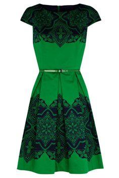 dress with retro printing