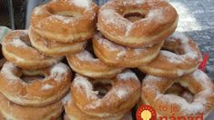 Do you like donuts? Let us rephrase, do you LOVE donuts as much as we do? Would you like to be the most popular person wherever you go? Then this easy to understand video will teach you exactly how to make fresh, mouth watering donuts in the comfort Body Powder, Donut Shop, Doughnuts, Bagel, Cake Recipes, Food And Drink, Pumpkin, Bread, Baking