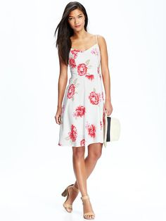 Just got this Womens poplin dress in white with pink flowers. Love the flowing skirt and I think it's great florals for spring and summer. I'm a bit nervous having so much white with a two year old little boy.
