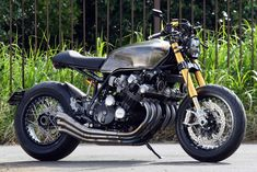 Two incredible BMW builds, a wild Honda ADV scooter, a rare Egli-Triumph track bike, and a muscular Honda CBX from Tokyo. Cb 450 Cafe Racer, Custom Cafe Racer, Bmw Cafe Racer, Cafe Racers, Bobber Motorcycle, Motorcycle Style, Motorcycle Tips, Japanese Motorcycle, Motorcycle Quotes