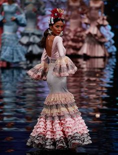 "[gallery link=""none"" size=""full"" Couture Fashion, Runway Fashion, Fashion Show, Fashion Styles, Frilly Dresses, Cute Dresses, Flamenco Costume, Spanish Dress, Gypsy Women"