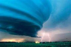 Incredible tornado photo