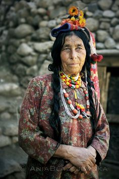 India, Ladakhh. Brokpa woman from Dha-Hanu valley. Brokpa people are thought to be descendants of Alexander The Great. | © Ania Blazejewska
